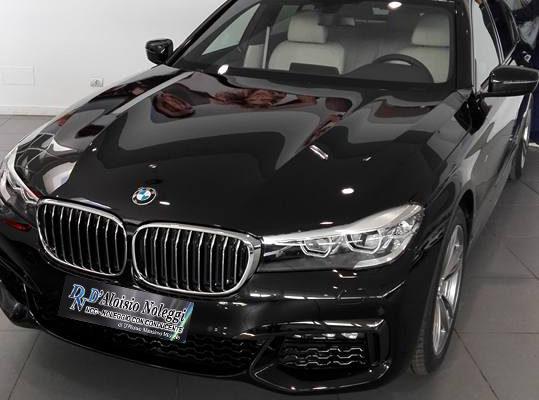Bmw Serie 7 X drive M Sport modello 2017